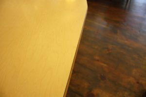 FrenchLaminatedTable10_l