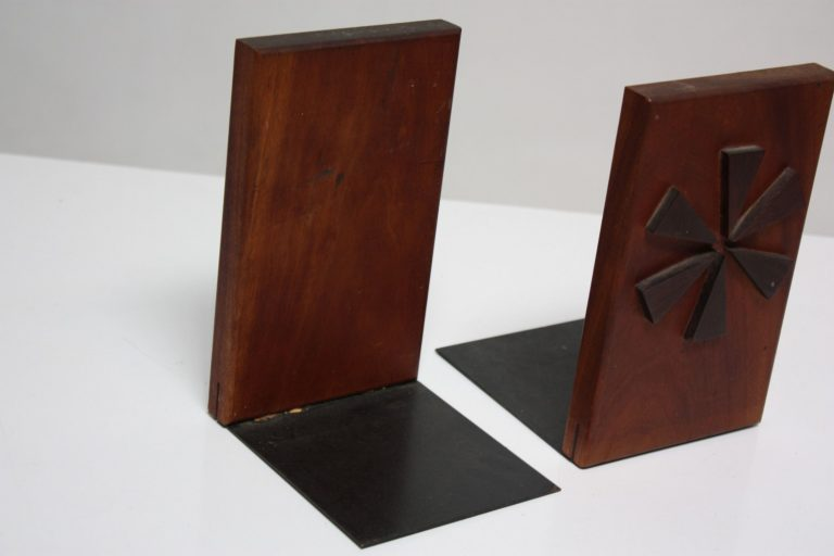 bookends4