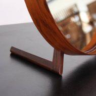 mirror8_l
