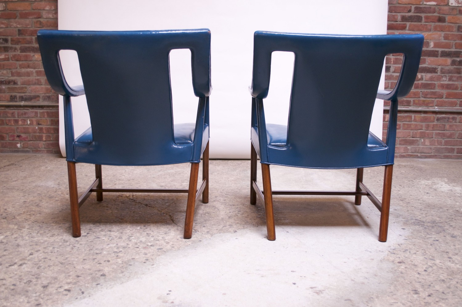 Outstanding Pair Of Danish Blue Leather Armchairs By Ejner Larsen And Aksel Bender Madsen Pabps2019 Chair Design Images Pabps2019Com